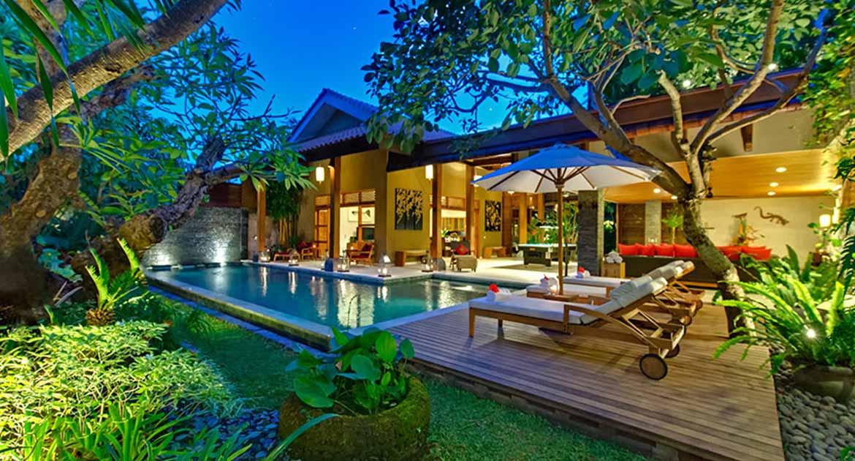 For Sale Luxury Villa in Seminyak
