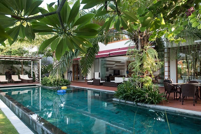 Modern Tropical Villa In A Strategic Location