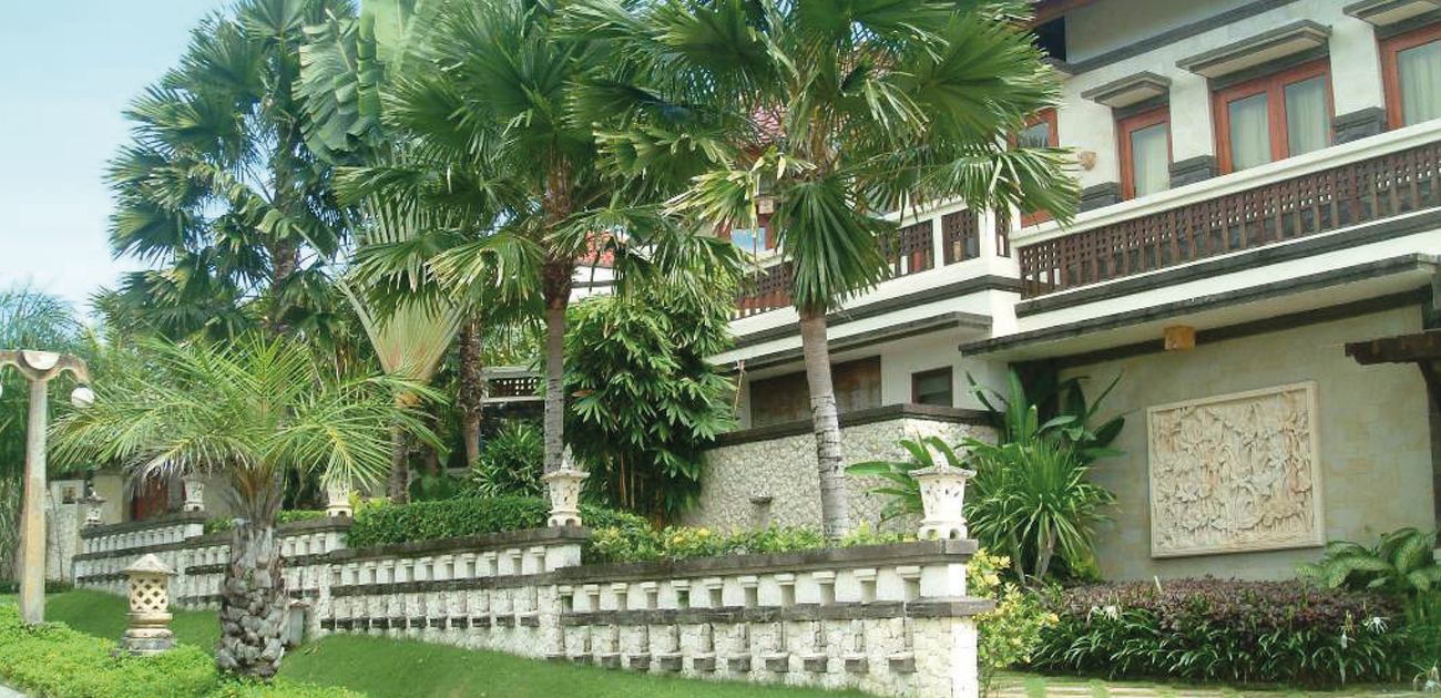 For Sale Big Villa with Ocean View at Nusa Dua