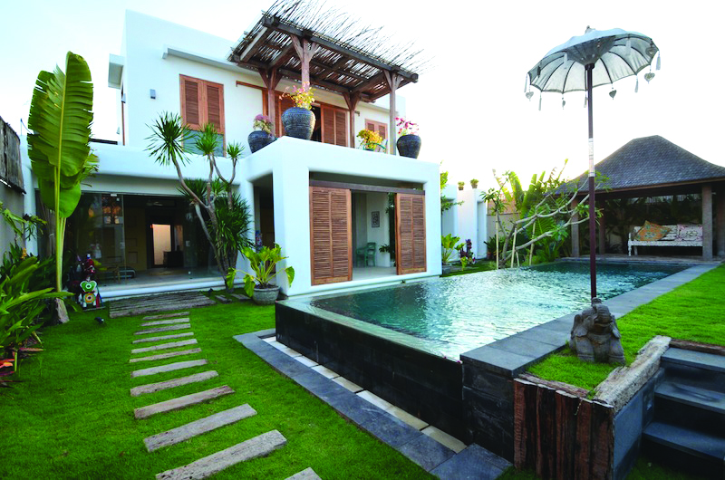 Stunning Three Bedroom Villa in Center Area of Petitenget Seminyak