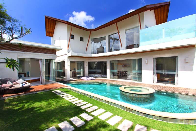 Designer Villa with Potential Rental Income