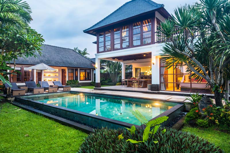 Peaceful Living with Rice Field Views