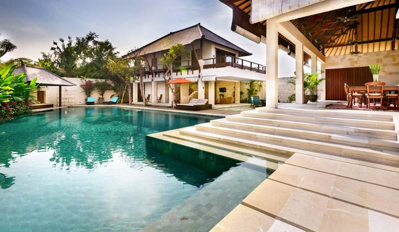 Luxurious and quality built villa near the beach