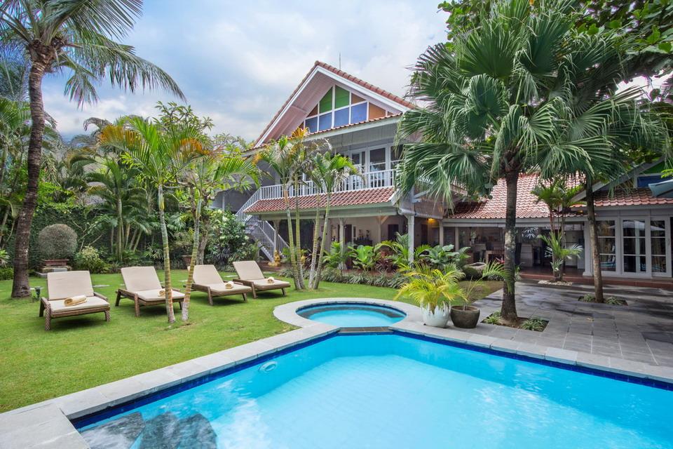 Gorgeous Villas For Sale in Petitenget