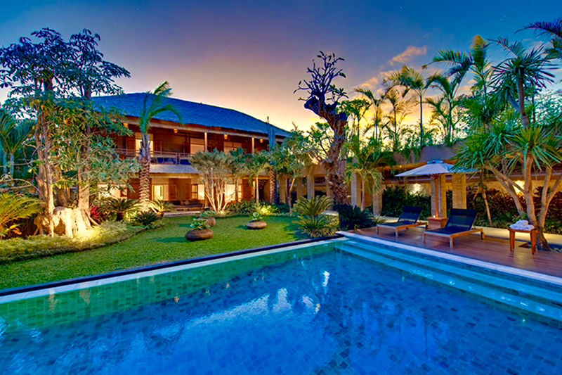 6 Bedroom Villa in Seminyak