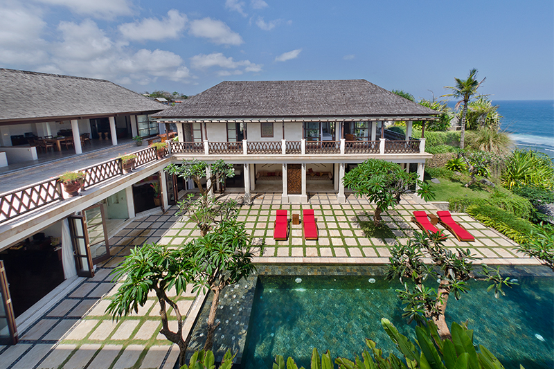 Luxury Villa Perched on The Cliff-Top Above Pandawa Beach