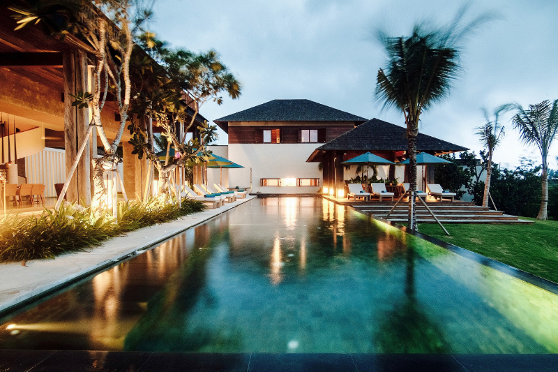 Stunning Ocean & Green View Villa at Cemagi
