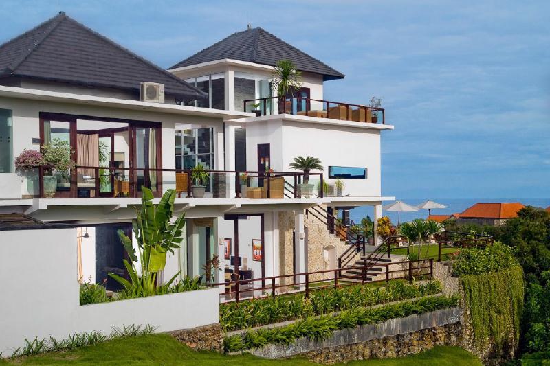 Spectacular Ocean View Villa at Padang-Padang