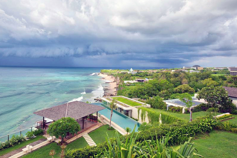 Cliff Top 5 Star Resort at Pecatu, Bali