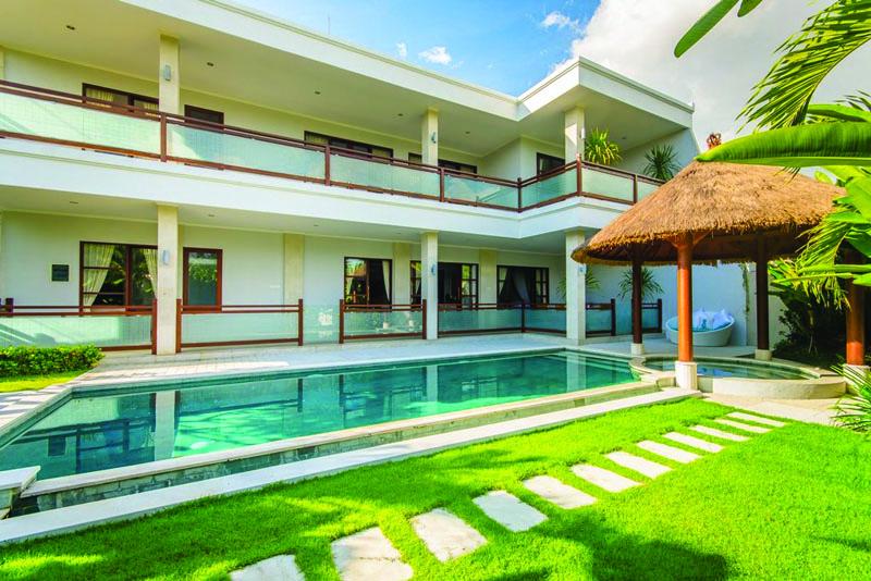 Beautiful Five Bedroom Villa in Quiet Area of Kerobokan