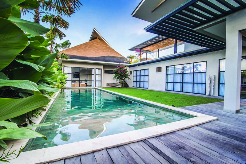 Luxury Five Bedroom Villa in Beachside Area of Berawa Canggu