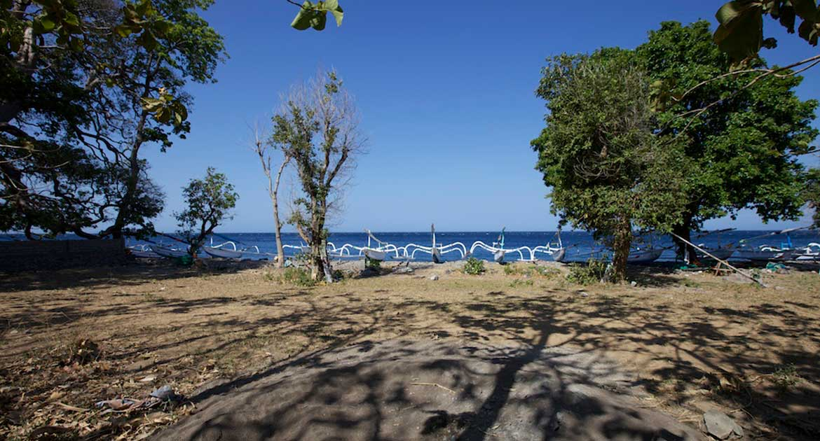 Absolute Beachfront Land in Amed