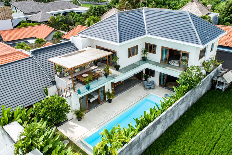 Five Bedroom Berawa Villa, Walk To Beach