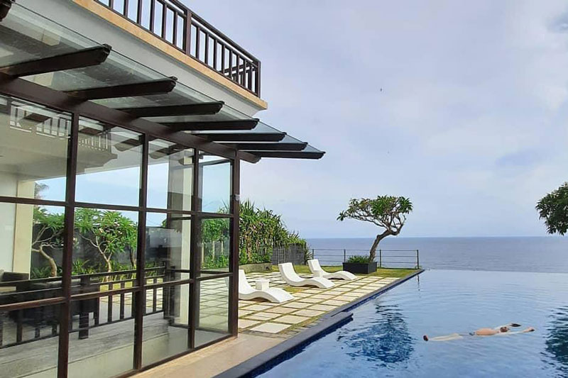 Absolutely Cliff Top Villa